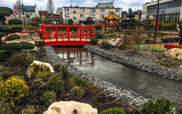 jardin-riviere artificielle-square-public-japonais