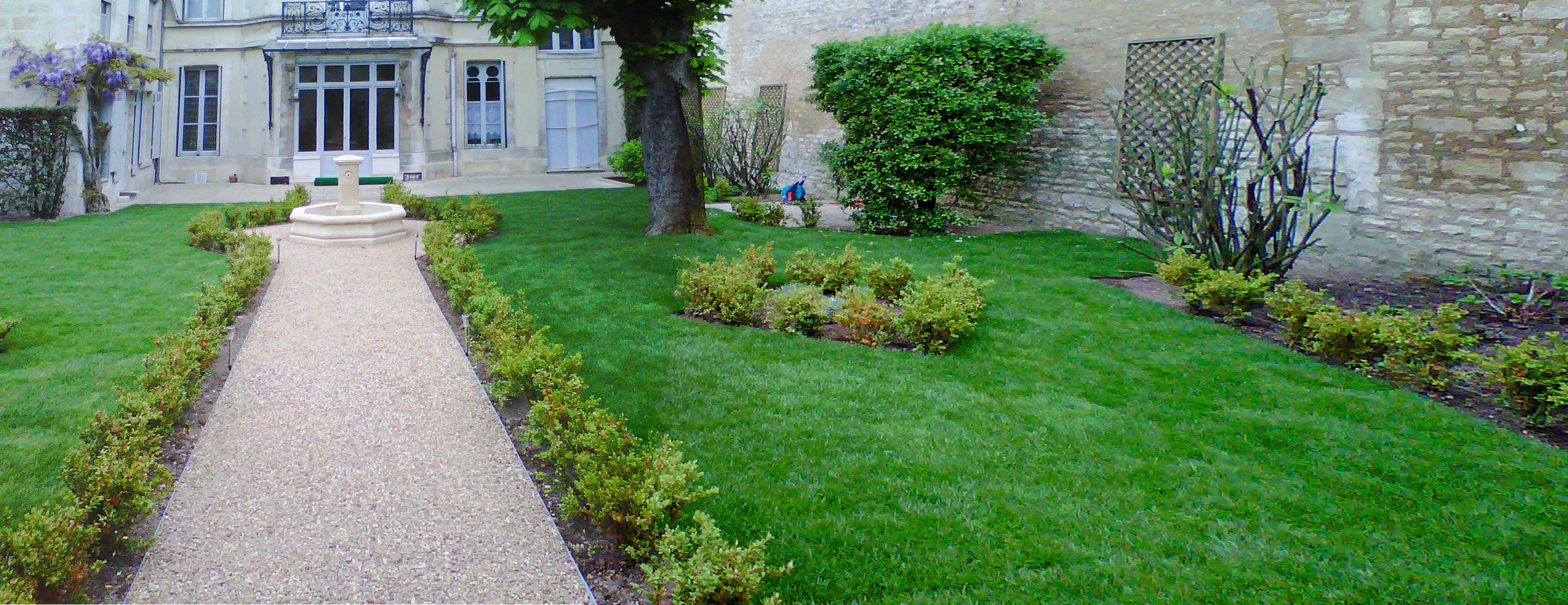 Jardin française-clos-idspace